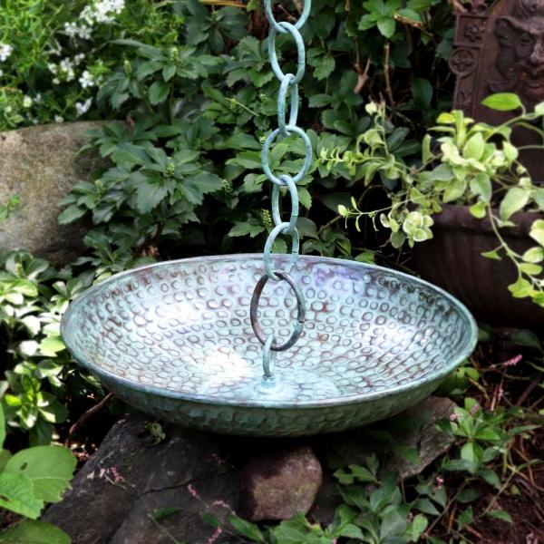chaîne de pluie un bassin en fer