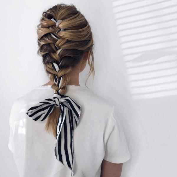 coiffure avec foulard tresse classique