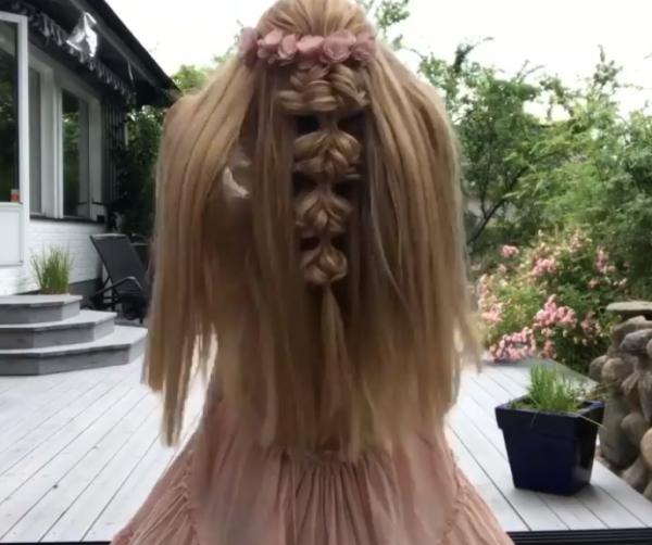 coiffure avec tresse très originale