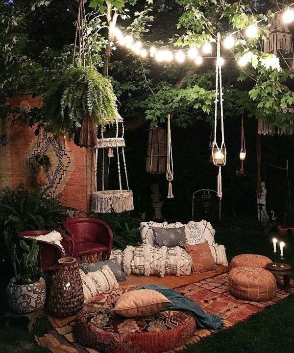 coin confortable idée salon de jardin bohème