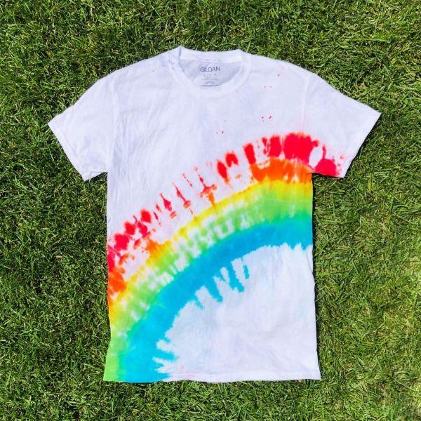 comment réaliser tie and dye maison t-shirt décoration