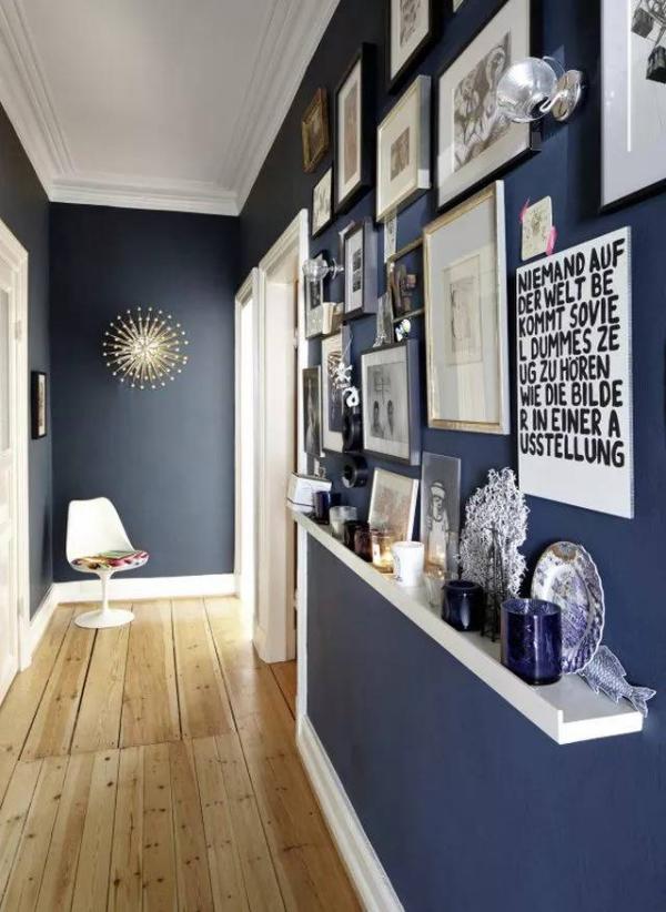 décoration d'entrée de maison plancher en bois