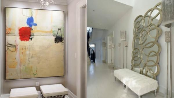 décoration d'entrée de maison un tableau abstrait