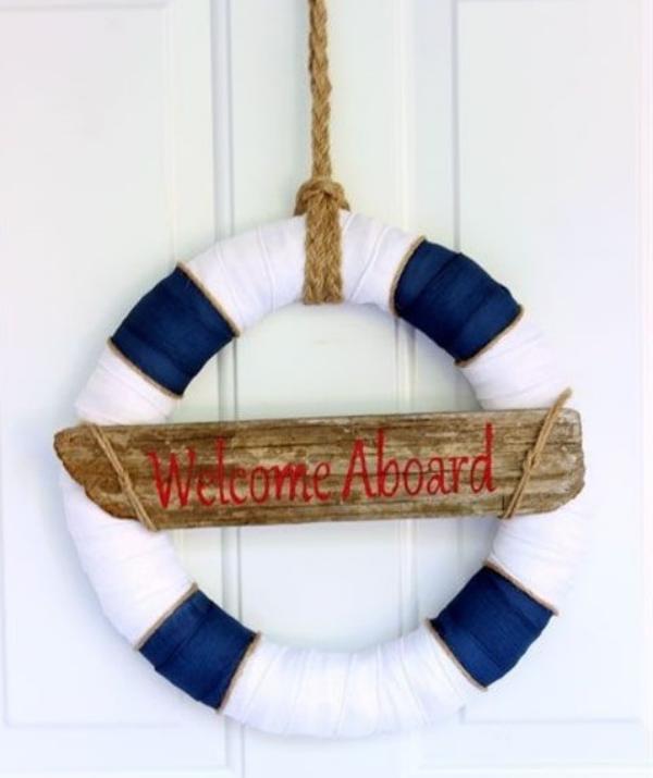 diy couronne de porte pour l'été ceinture de sauvetage