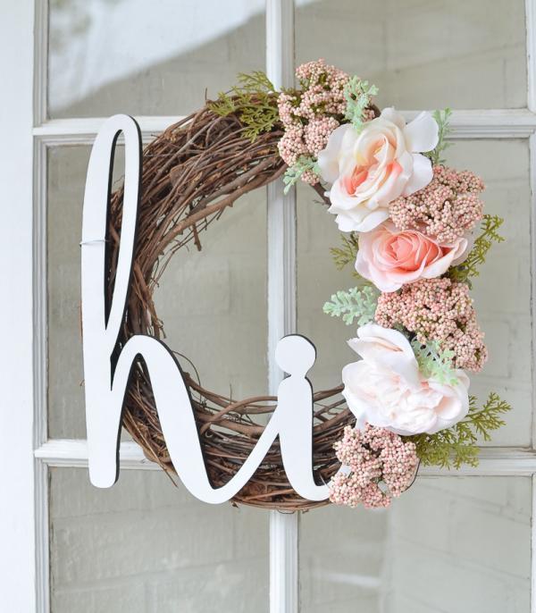 diy couronne de porte pour l'été fleurs artificielles et branchage
