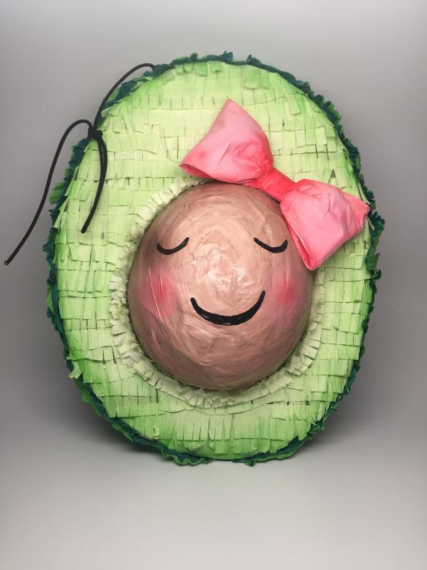 fabriquer une piñata avocat