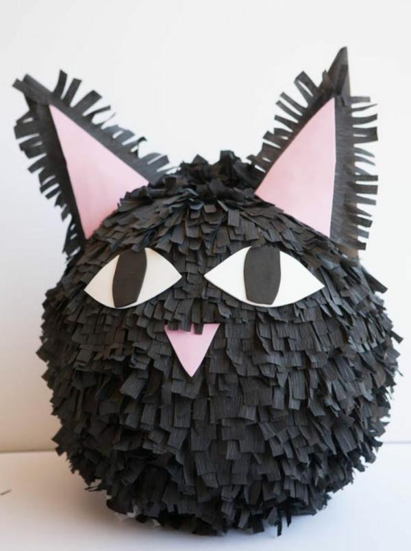 fabriquer une piñata chat noir