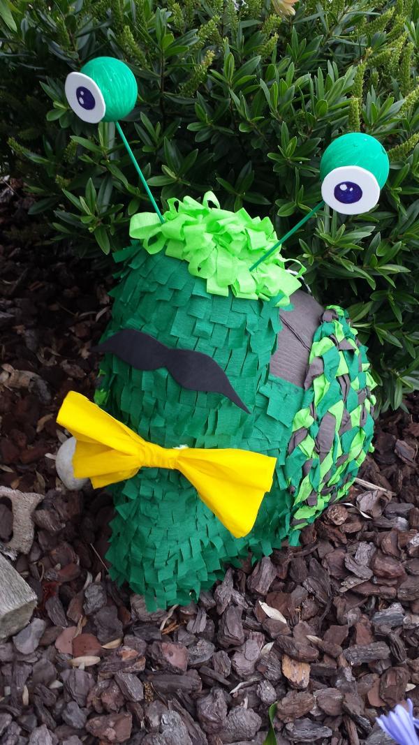fabriquer une piñata escargot