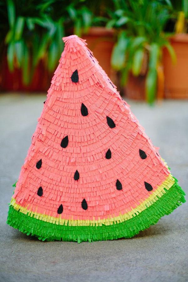 fabriquer une piñata pastèque