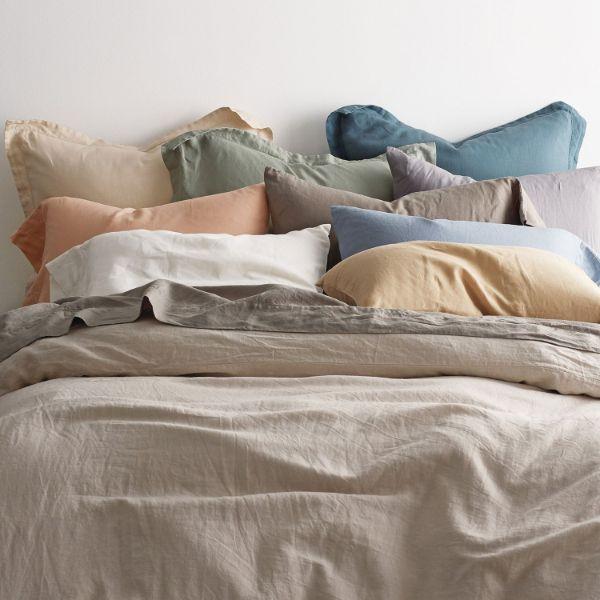 housses de coussins colorés linge de lit en lin lavé