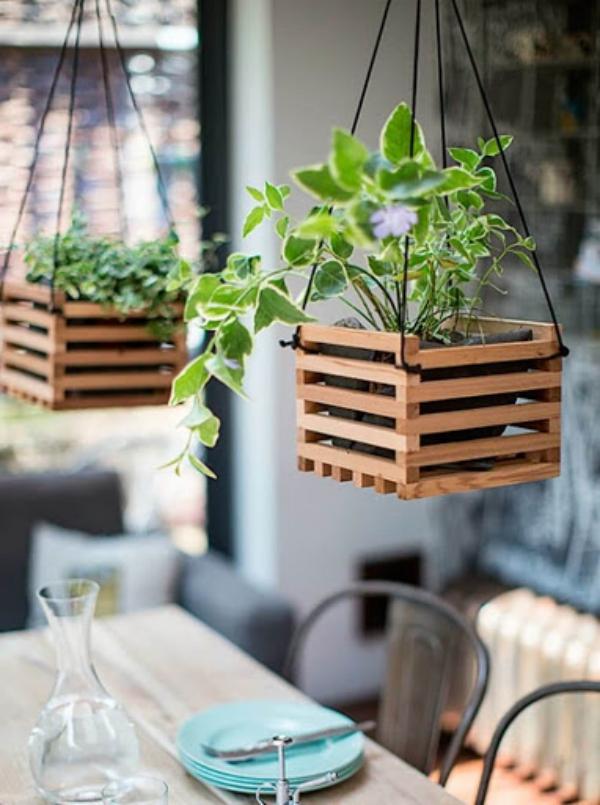 jardinière suspendue bricolage des coffres en bois