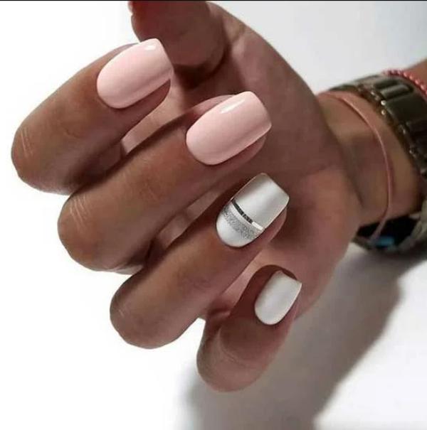 manucure stylée tendance combiner rose et blanc