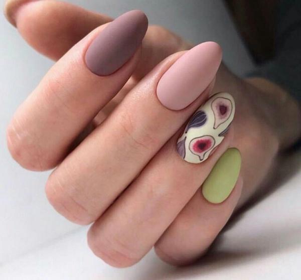 manucure stylée tendance couleurs de figues