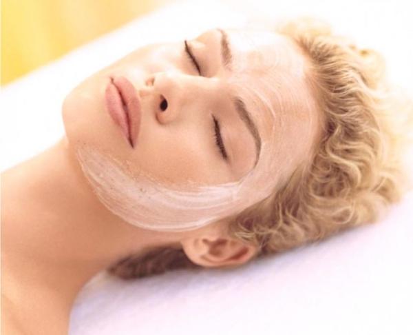masque au jaune d'oeuf pour le visage soigner la peau