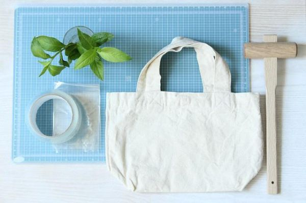 matériel nécessaire technique d'impression végétale sur tissu tataki zomé