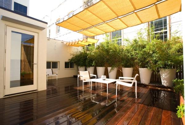 patio couvert sol en planches