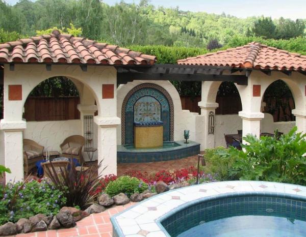 patio couvert style espagnol