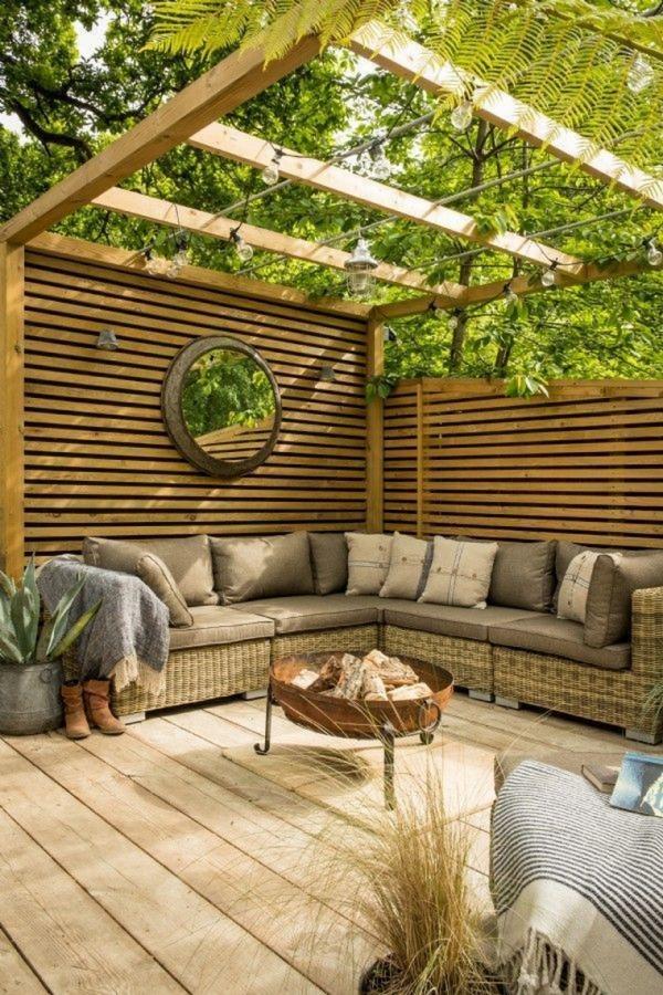 patio couvert un coin en bois