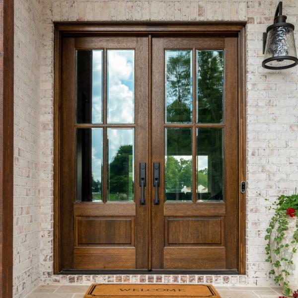 porte d'entrée semi-vitrée en aluminium brun