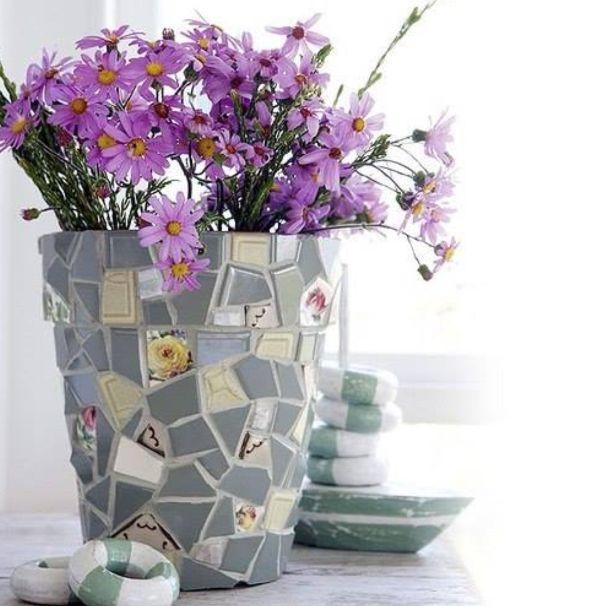pot de fleurs personnalisé mosaïque en vaisselle ancienne brisée