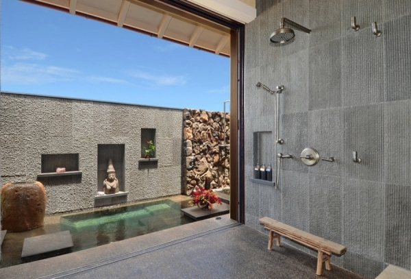 salle de bain japonaise ouverte banc en bois sol en béton