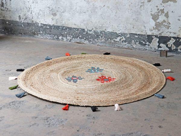 salon de jardin bohème tapis rond en jute