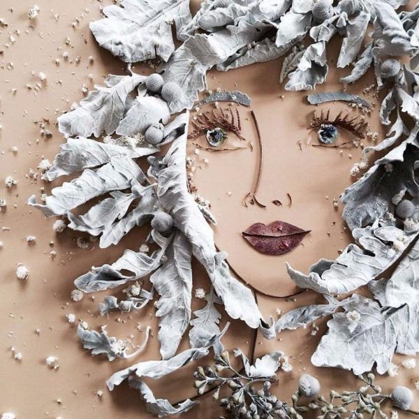 tableau vivant une tête de femme