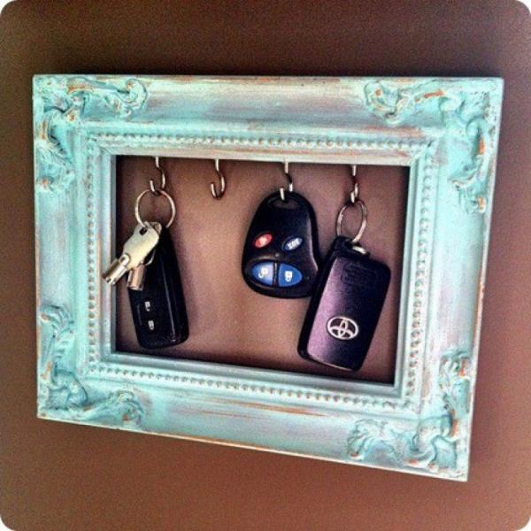 vieux cadre les clés de la voiture