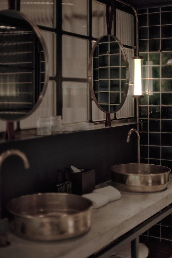 comment faire des économies d'énergie en optant pour éclairage led dans la salle de bain